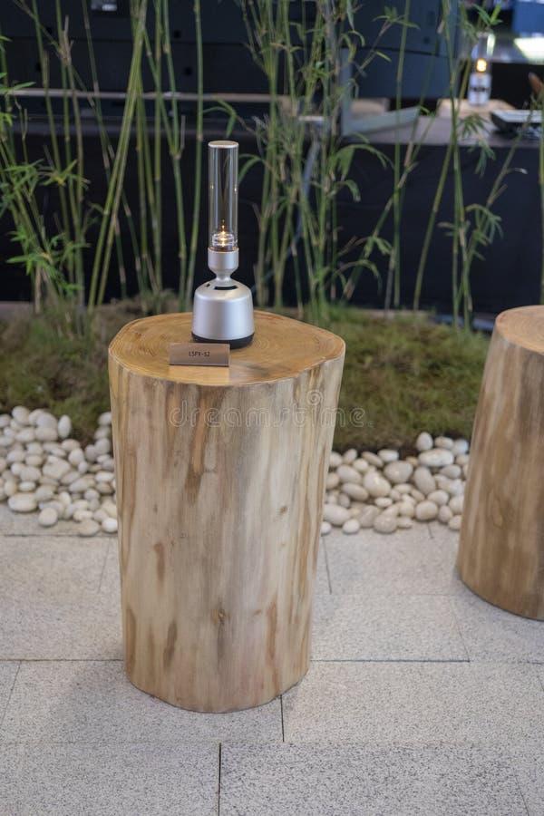 Ο υγιής ομιλητής γυαλιού της Sony επιδειγμένος στη Sony EXPO 2019 στοκ εικόνα