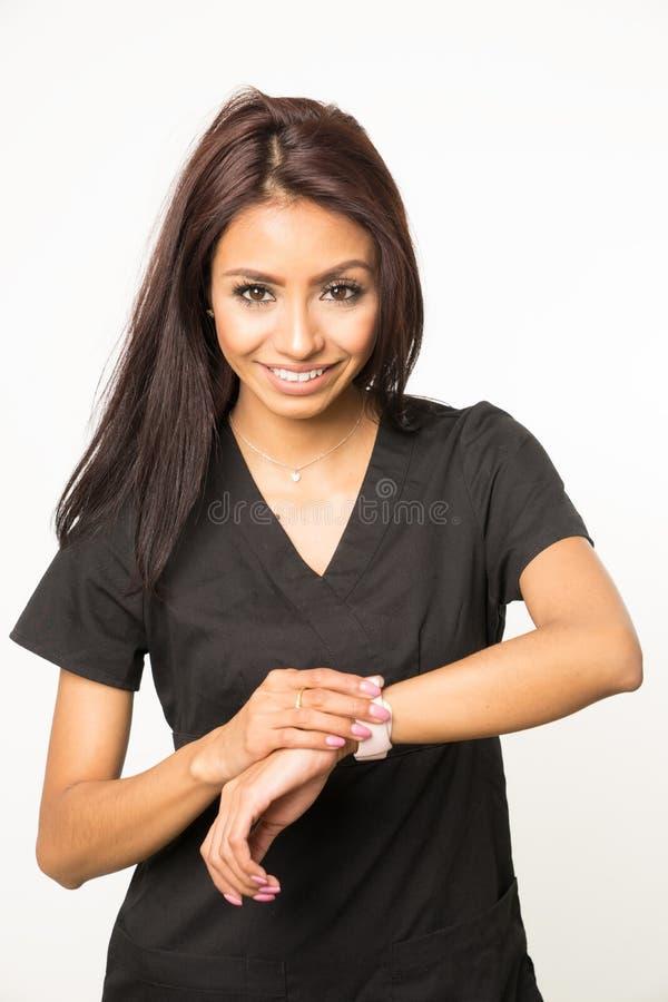 Ο υπεύθυνος υγείας του ασθενούς νοσοκόμων τρίβει μέσα στοκ φωτογραφία με δικαίωμα ελεύθερης χρήσης