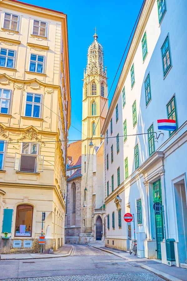 Ο υψηλός πύργος κουδουνιών της εκκλησίας Mariam AM Gestade στη Βιέννη, Αυστρία στοκ φωτογραφία με δικαίωμα ελεύθερης χρήσης