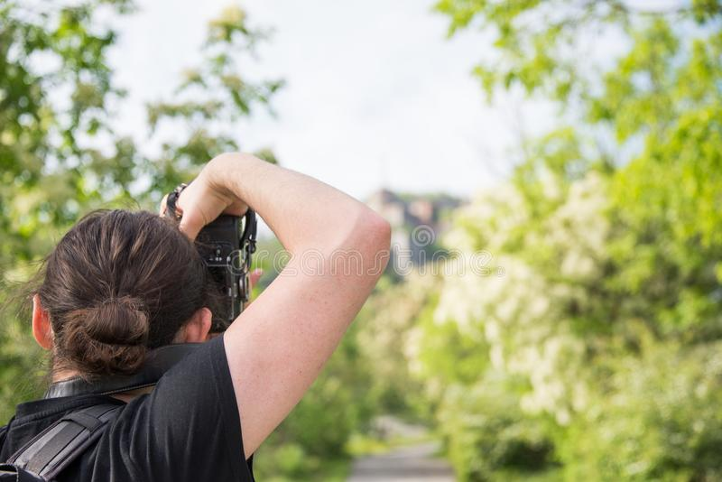 Ο φωτογράφος παίρνει μια φωτογραφία Forte Sperone στοκ εικόνα