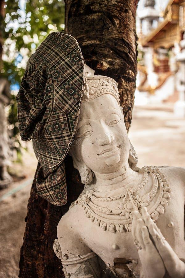 Ο φύλακας αγγέλου στο παραδοσιακό ταϊλανδικό ύφος στοκ φωτογραφία με δικαίωμα ελεύθερης χρήσης