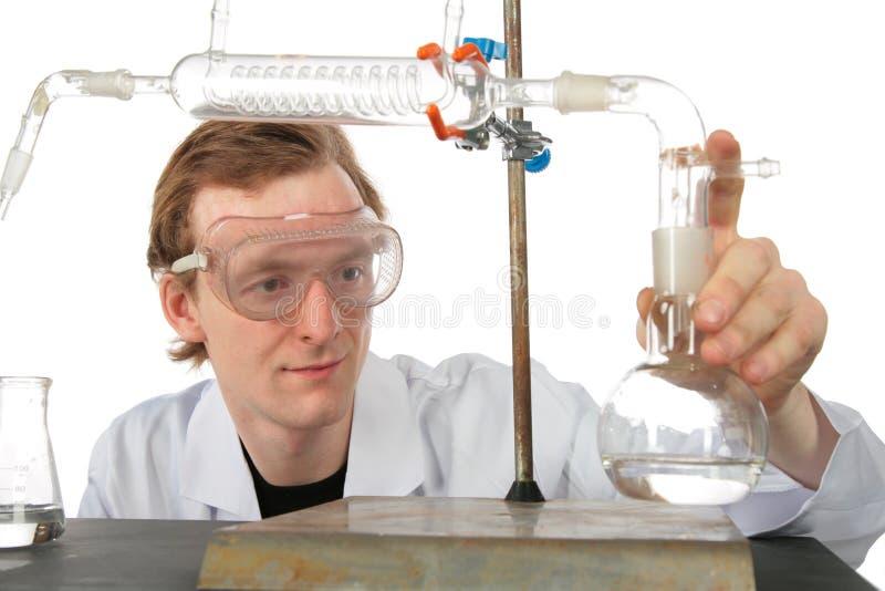 ο χημικός πειραματίζεται στοκ φωτογραφία με δικαίωμα ελεύθερης χρήσης