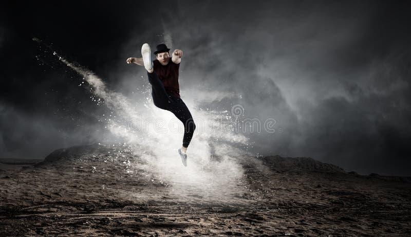 Ο χορός είναι ο κόσμος του Μεικτά μέσα στοκ εικόνα με δικαίωμα ελεύθερης χρήσης