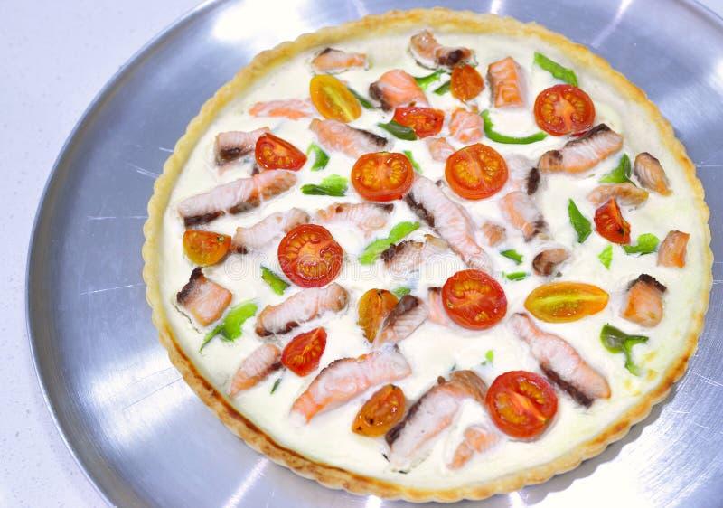 Ολόκληρη νόστιμη πίτα πίτα στοκ εικόνες