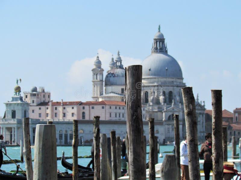 Ο όμορφος χαιρετισμός della Di Σάντα Μαρία βασιλικών Λα στη Βενετία, Ιταλία στοκ εικόνες