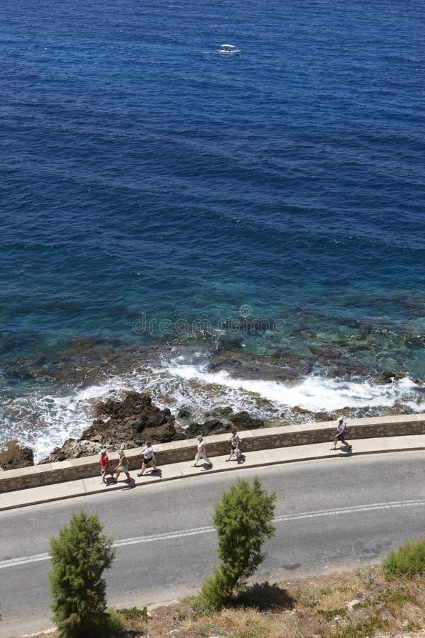 Οδός πίσω από τη Μεσόγειο σε Rhetymno Κρήτη Ελλάδα στοκ εικόνες