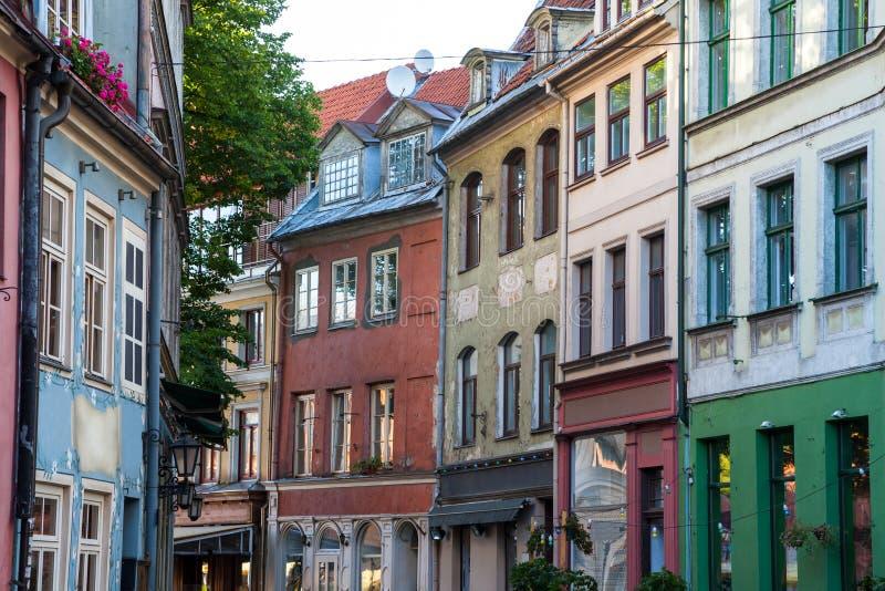 Οδός στην παλαιά πόλη της Ρήγας στοκ φωτογραφία με δικαίωμα ελεύθερης χρήσης
