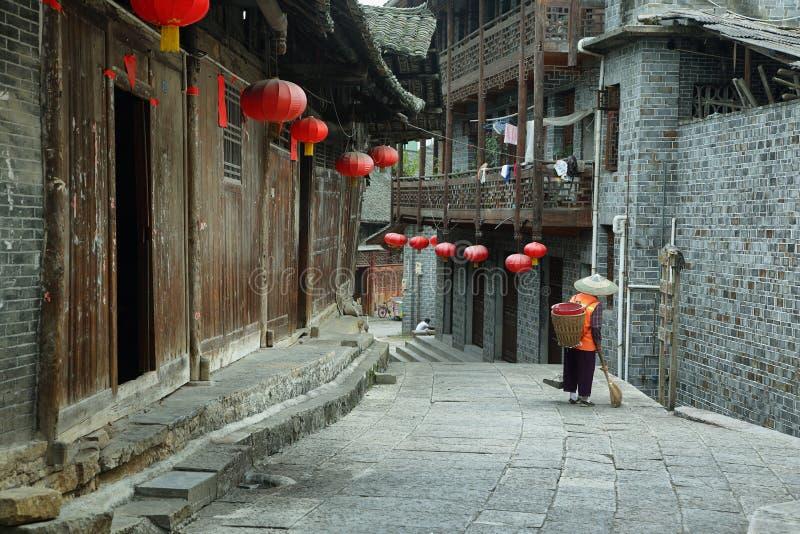 Οδός στο αρχαίο χωριό Furong (Hibiscus) στοκ φωτογραφίες