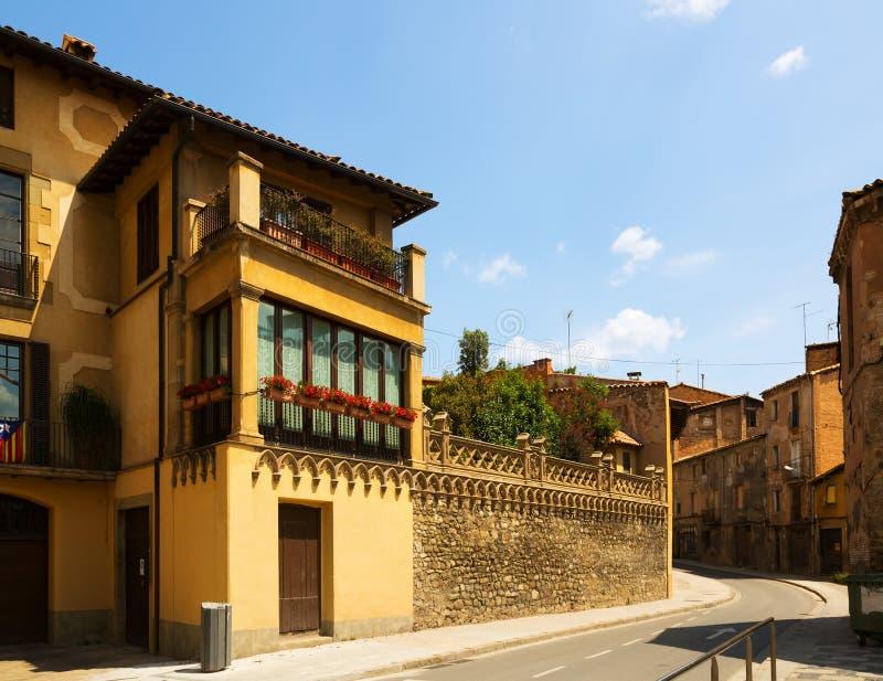 Οδός της παλαιάς καταλανικής πόλης vic στοκ εικόνες με δικαίωμα ελεύθερης χρήσης