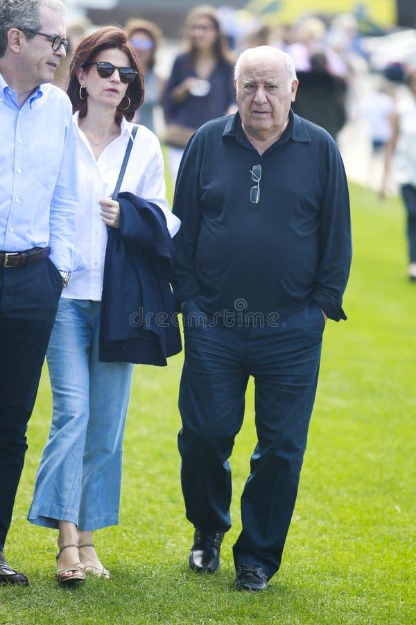 Ο Pablo Isla Λ με τη σύζυγό του Μαρία de Λα Vega Γ και Amancio Ortega Ρ παρευρίσκεται στοκ φωτογραφία με δικαίωμα ελεύθερης χρήσης