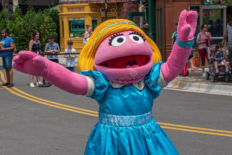 Ο Prairie Dawn χορεύει στην παρέλαση του Sesame Street Party στο Seaworld 5 στοκ φωτογραφίες