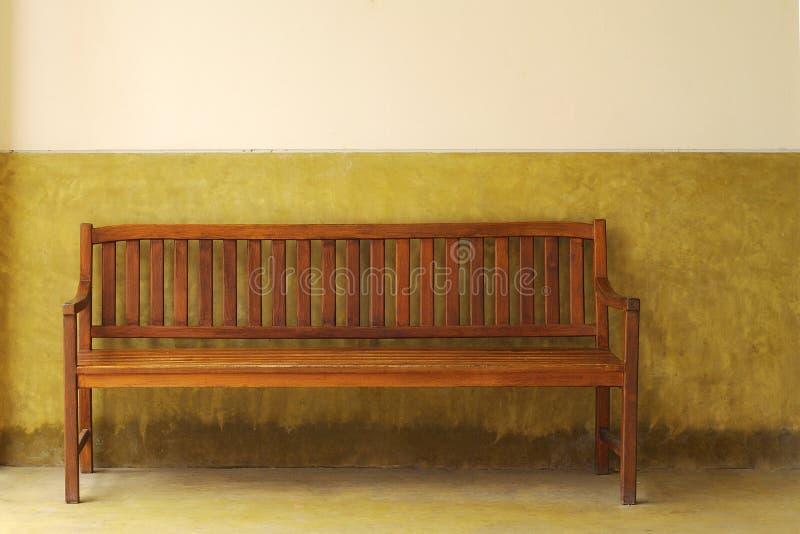 πάγκος ξύλινος στοκ εικόνα με δικαίωμα ελεύθερης χρήσης