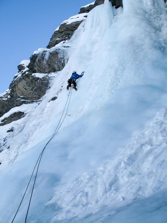 Πάγος που αναρριχείται στις ελβετικές Άλπεις στοκ φωτογραφία με δικαίωμα ελεύθερης χρήσης