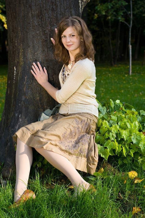 πάρκο κοριτσιών στοκ εικόνες με δικαίωμα ελεύθερης χρήσης