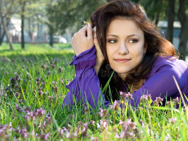 πάρκο κοριτσιών Στοκ φωτογραφία με δικαίωμα ελεύθερης χρήσης