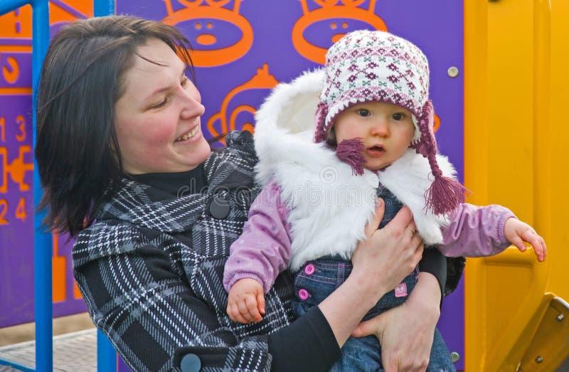 πάρκο μητέρων κορών μωρών Στοκ Εικόνες