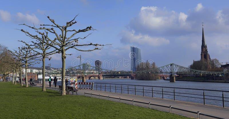 Πάρκο πόλεων της Φρανκφούρτης Αμ Μάιν, πανόραμα στοκ εικόνες