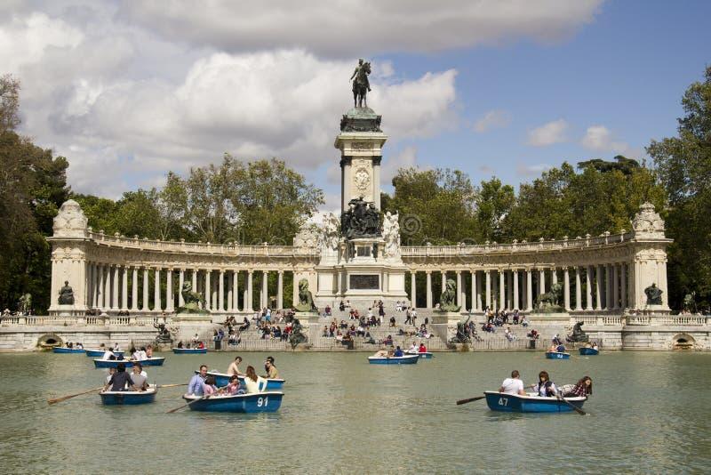 Πάρκο EL Retiro στη Μαδρίτη, Ισπανία στοκ εικόνα