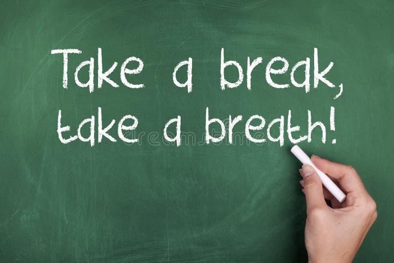 Πάρτε ένα σπάσιμο παίρνει μια αναπνοή στοκ εικόνα