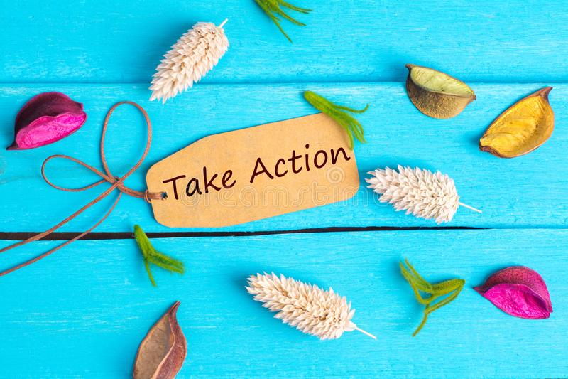 Πάρτε το κείμενο δράσης στην ετικέττα εγγράφου στοκ εικόνα