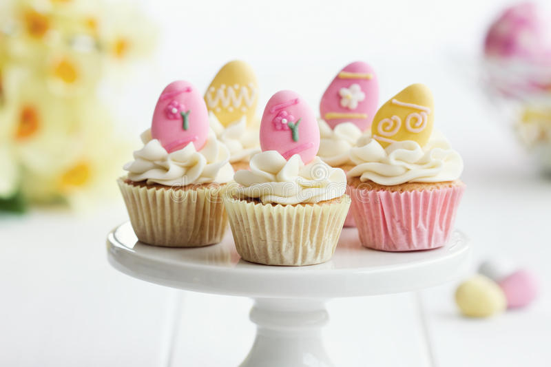Πάσχα cupcakes στοκ εικόνα