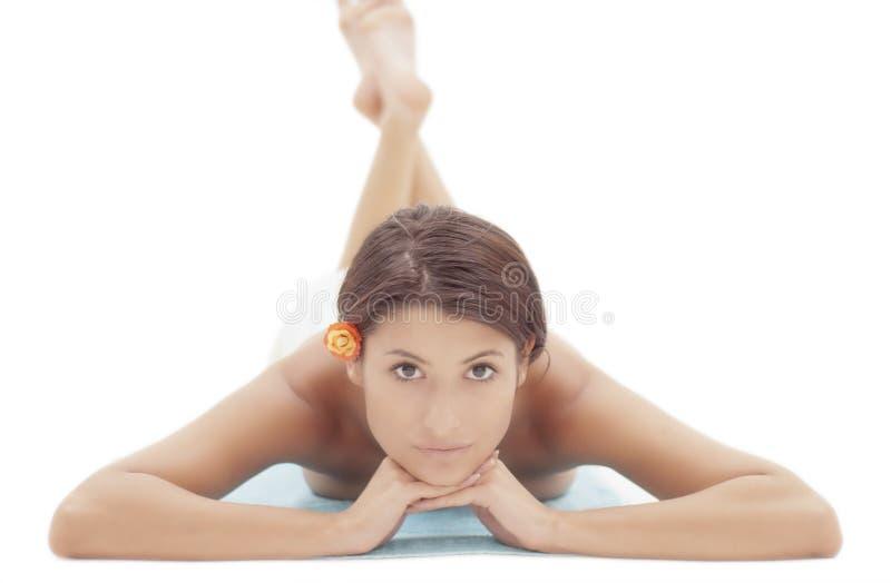 πάτωμα που βάζει session spa τη γυναίκα στοκ εικόνα με δικαίωμα ελεύθερης χρήσης