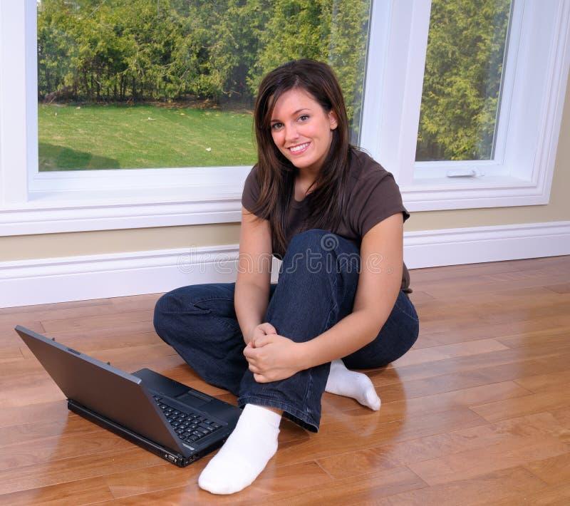 πάτωμα που κάθεται στοκ εικόνες