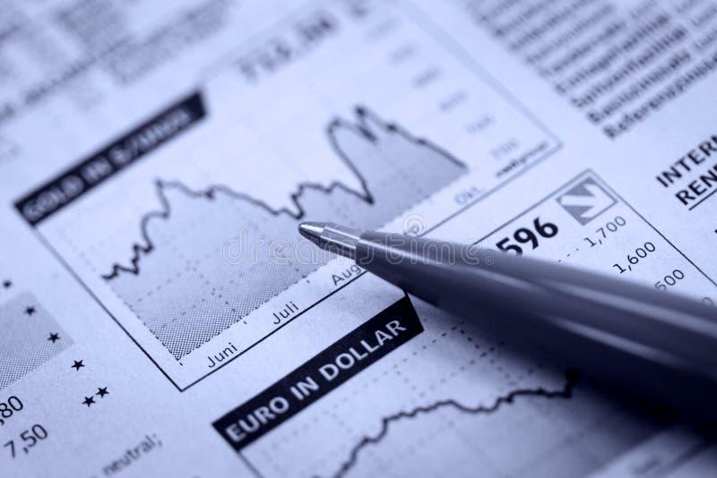 πέννα εφημερίδων οικονομί&al στοκ εικόνες