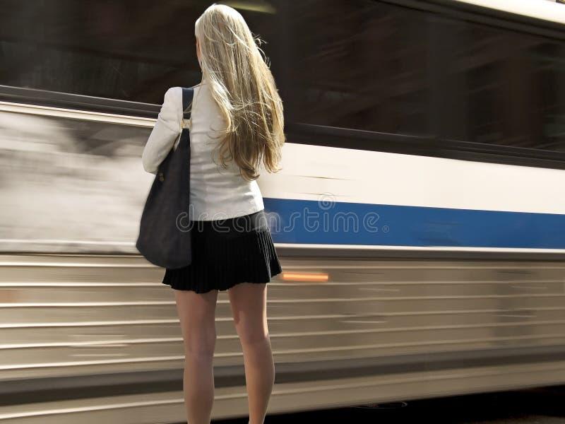 Download πέρασμα διαδρόμων στοκ εικόνες. εικόνα από μοντέλο, κίνηση - 111008