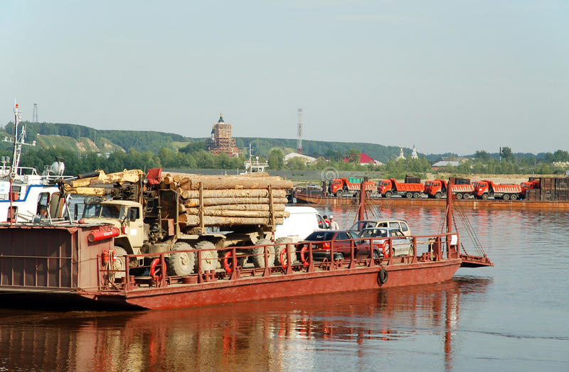 πέρασμα irtysh του ποταμού tobolsk στοκ εικόνα