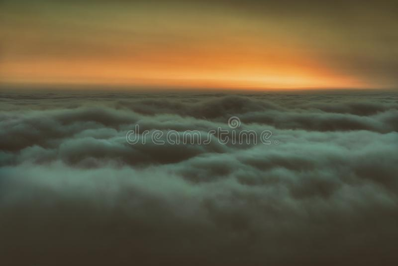 Πέρα από τα σύννεφα στοκ εικόνα