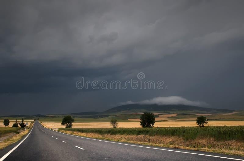 πέρα από την οδική θύελλα στοκ φωτογραφίες