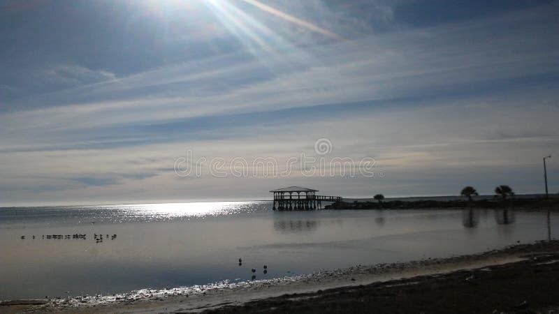 πέρα από το ηλιοβασίλεμα &alpha στοκ φωτογραφίες με δικαίωμα ελεύθερης χρήσης