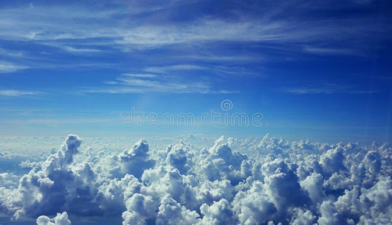 Πέρα από το σύννεφο στοκ εικόνα