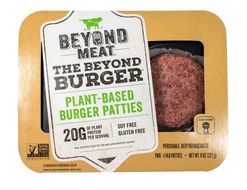 Πέρα από burger εγκαταστάσεων κρέατος τη βασισμένη συσκευασία δύο patties στοκ εικόνες με δικαίωμα ελεύθερης χρήσης