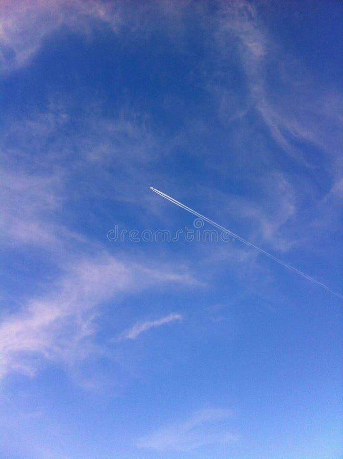 Πέταγμα στον ουρανό στοκ εικόνες