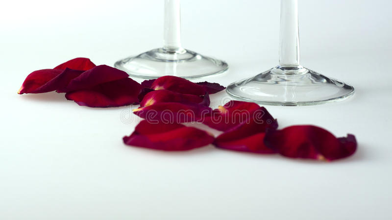 Download πέταλα γυαλιών στοκ εικόνα. εικόνα από χαλάρωση, έκχυση - 13179051
