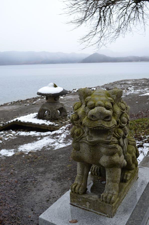 Download πέτρα λιονταριών στοκ εικόνα. εικόνα από άγαλμα, χειμώνας - 22787099