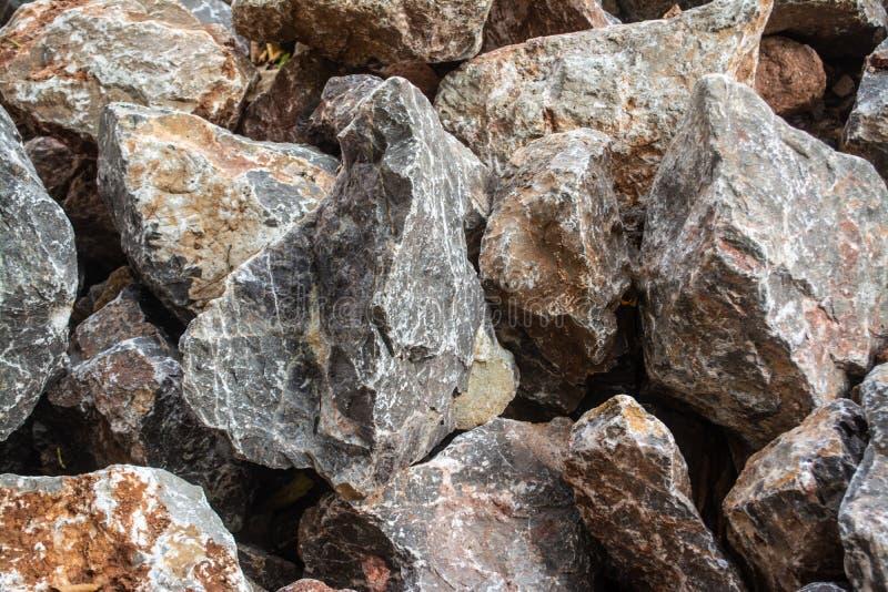 Πέτρες για την κατασκευή που χρειάζεται τη δύναμη, όπως ο τοίχος, οικοδόμηση στοκ εικόνες