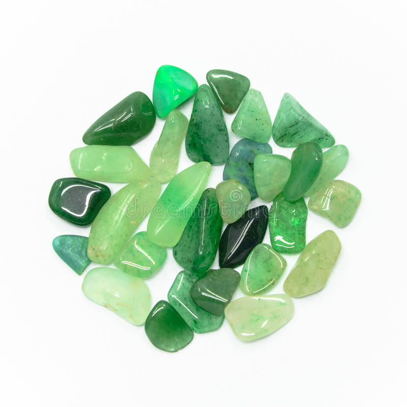 Πέτρες που απομονώνονται πράσινες στοκ φωτογραφία με δικαίωμα ελεύθερης χρήσης
