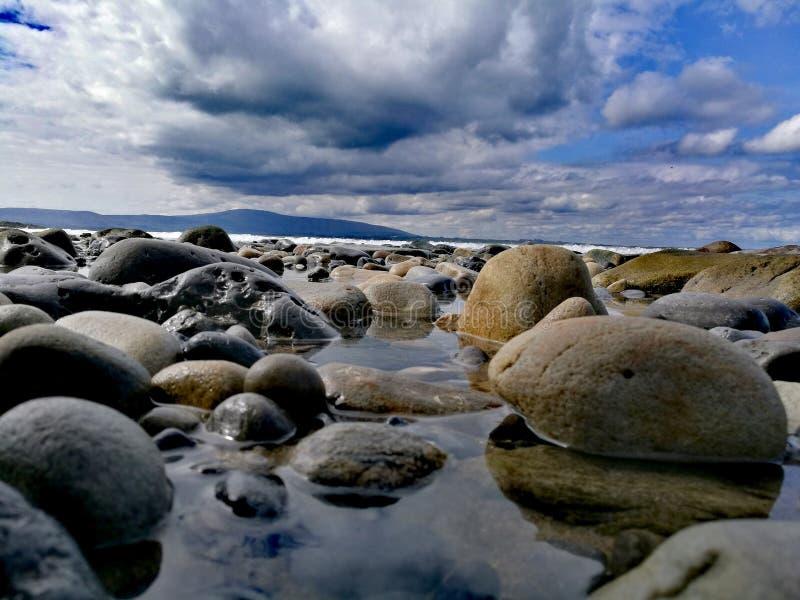 Πέτρες σε Strandhill, Ιρλανδία στοκ φωτογραφία με δικαίωμα ελεύθερης χρήσης