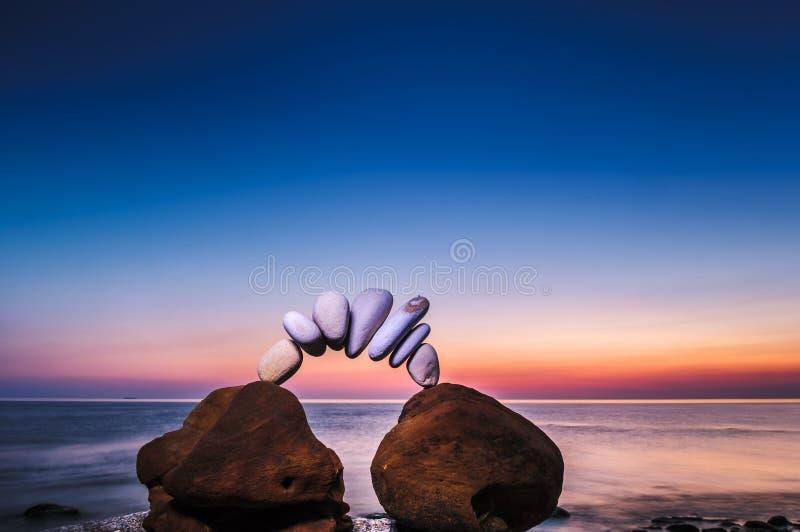 Πέτρες στη θάλασσα στοκ εικόνα με δικαίωμα ελεύθερης χρήσης