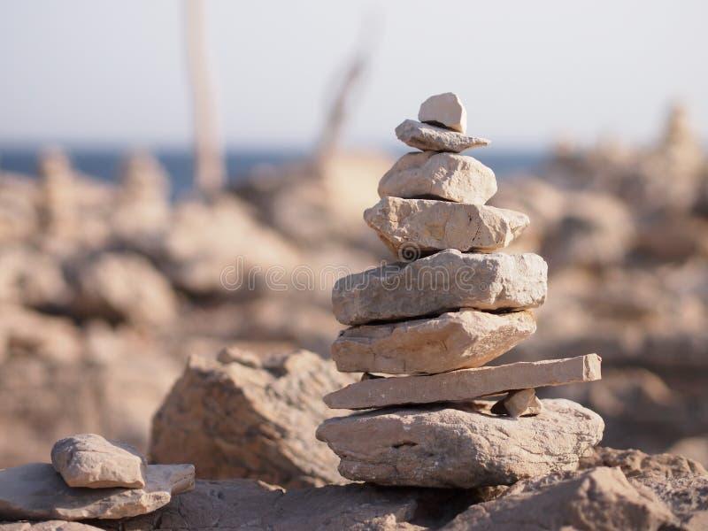 Πέτρες της Zen με μια άποψη στοκ εικόνες