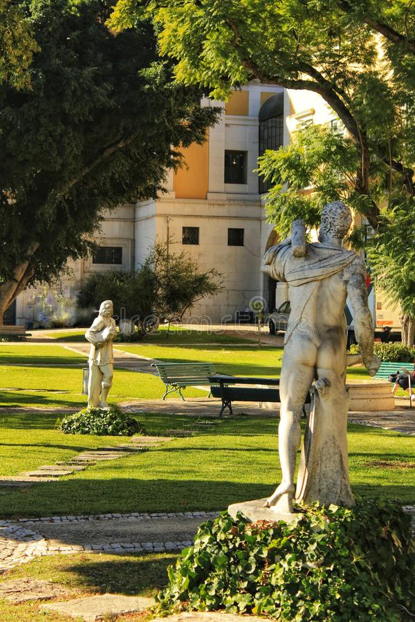 Πέτρινα αγάλματα στην πόλη της Λισσαβώνας στοκ φωτογραφίες με δικαίωμα ελεύθερης χρήσης