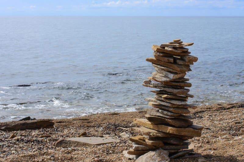 Πέτρινος πύργος στην ακτή Περισυλλογή στοκ εικόνες