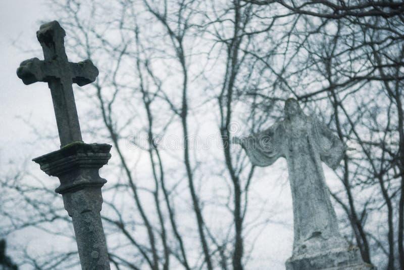 Πέτρινος σταυρός στοκ φωτογραφίες με δικαίωμα ελεύθερης χρήσης