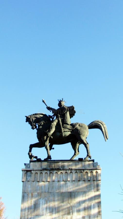 Πέτρινο άγαλμα της φοράδας Ștefan CEL το πρωί στοκ εικόνες