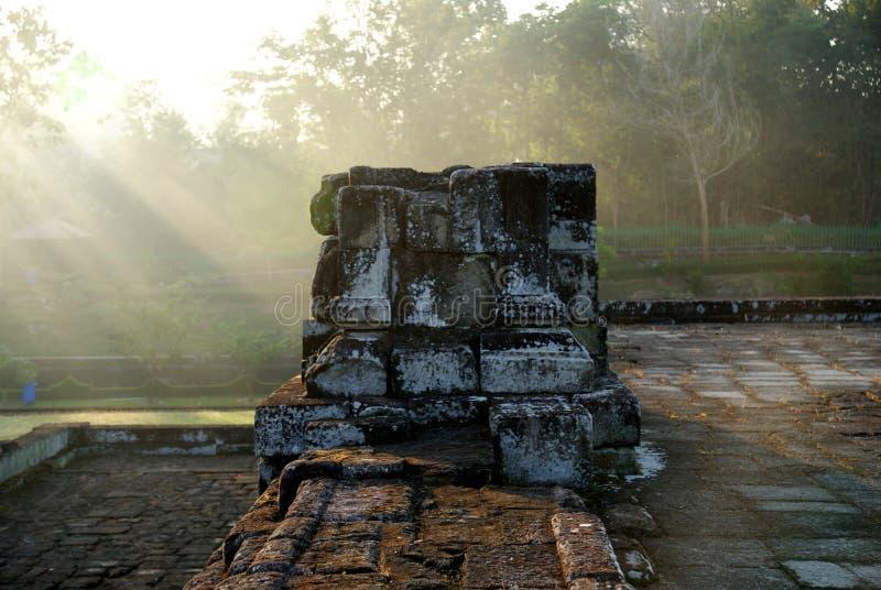 Πέτρινο γλυπτό και ανακούφιση στο ναό Barong στοκ εικόνες με δικαίωμα ελεύθερης χρήσης