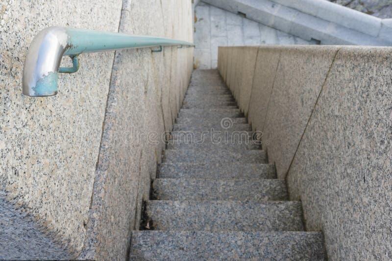 Πέτρινο υπόβαθρο σκαλοπατιών στοκ φωτογραφίες
