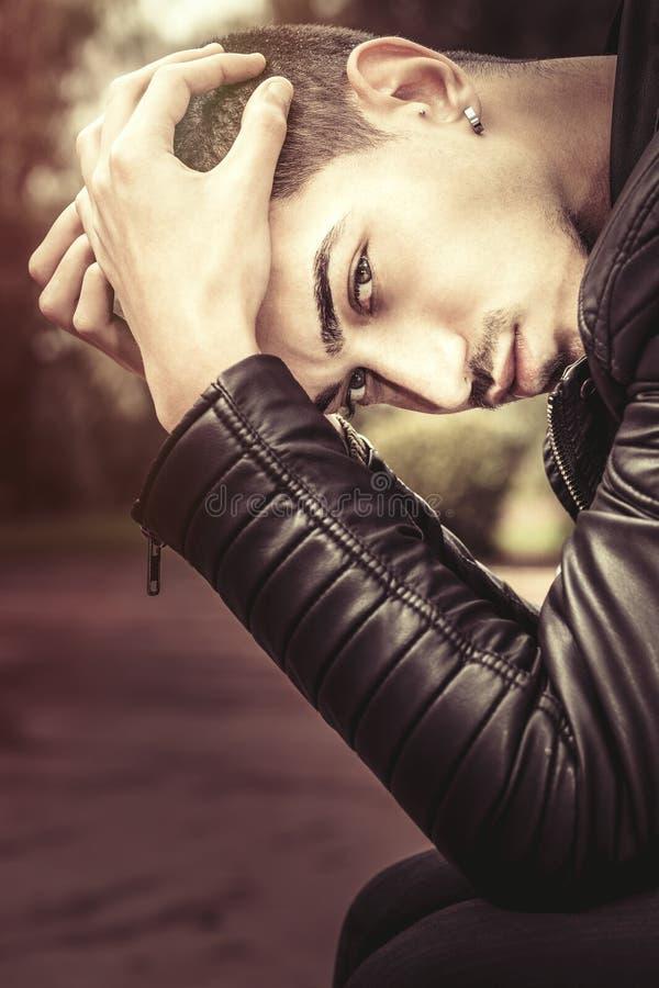Πίεση, προβλήματα νεολαίας Ανησυχία απόδοσης στοκ φωτογραφία με δικαίωμα ελεύθερης χρήσης